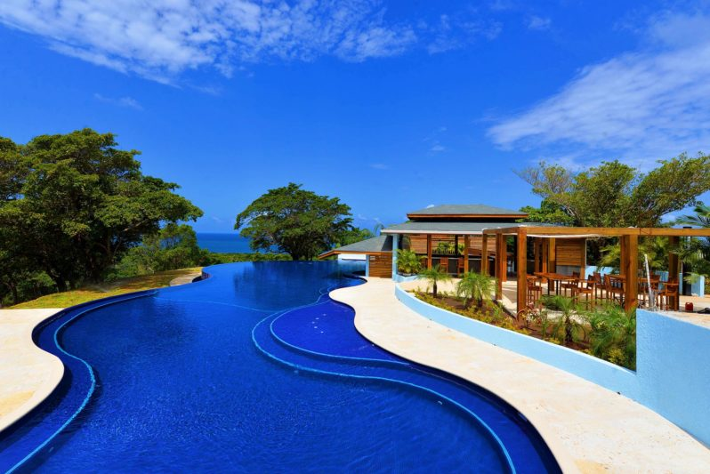 diamond-infinity-pool
